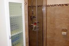 Bad-mit-Dusche-2